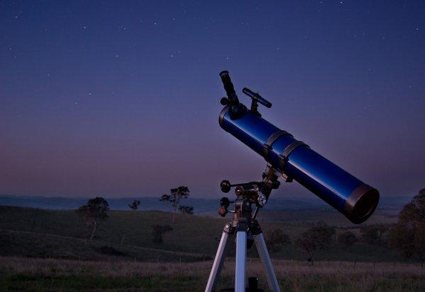 Житель Сочи сам сделал телескоп для просмотра «кровавой Луны»