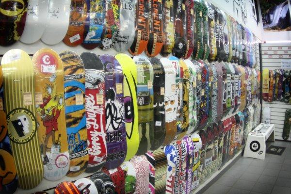 «Рассвет» открыл свой первый магазин скейтбордов