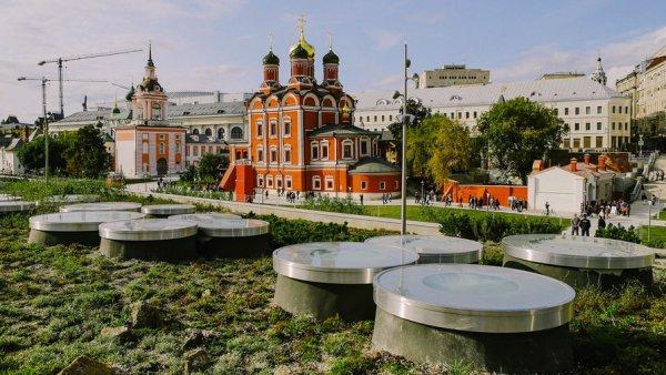 Главный архитектор Москвы рассказал об участившихся случаях занятием сексом в «Зарядье»