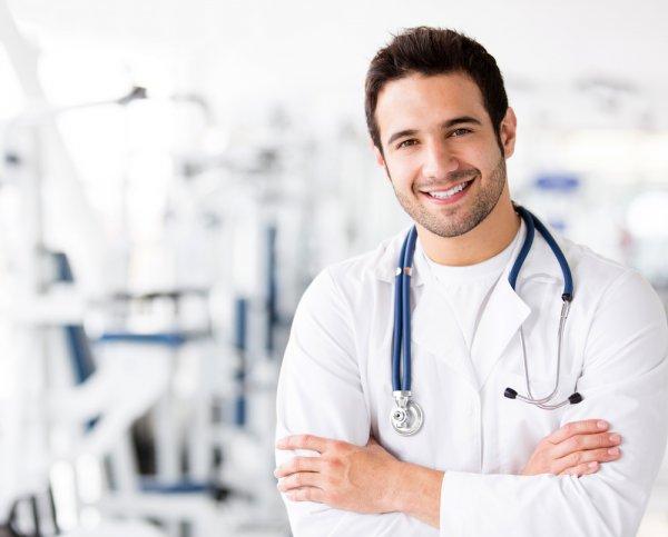 Родители хотят видеть будущих врачей в своих детях
