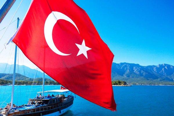 Туроператоры России отказываются от горящих туров в Турцию на бархатный сезон