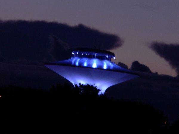«Инопланетяне с Нибиру»: Ростовчанин запечатлел тройное НЛО