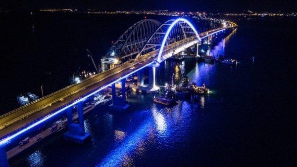 2,2 миллиона автомобилей проехали по Крымскому мосту с момента открытия и побили новый рекорд