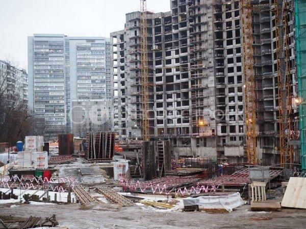 Дольщикам ЖК «Квартал Триумфальный» разрешили требовать у застройщика свои квартиры