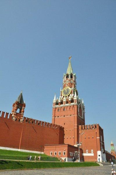 В День народного единства запретят посещать Кремль и Мавзолей