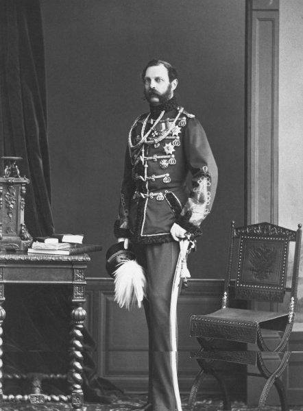 Окровавленную рубашку императора Александра II передали России