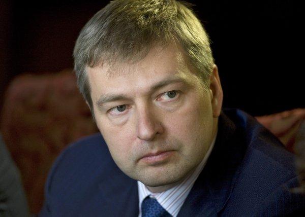 Миллиардер Рыболдовлев, обвиненный в коррупции, возвращается в Москву