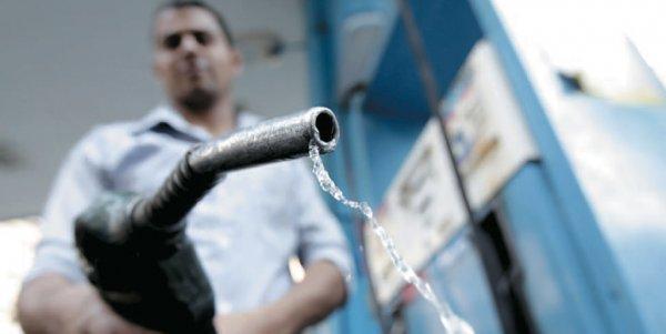 «Сделайте одолжение – закройтесь»: Москвич уверен, что его машина сломалась из-за топлива «Роснефти»