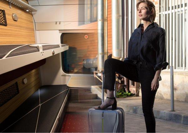 Железнодорожный сексизм: «Женские» купе РЖД лишили мужчин удобства при поездках