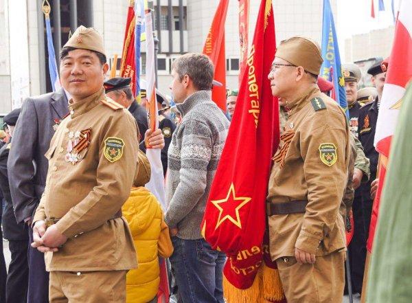 Во Владивостоке азиаты почтили память погибших в ВОВ — какую роль в войне играл Китай?