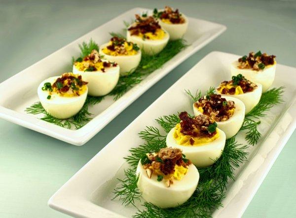 Закуска из яиц, которую можно есть на ночь